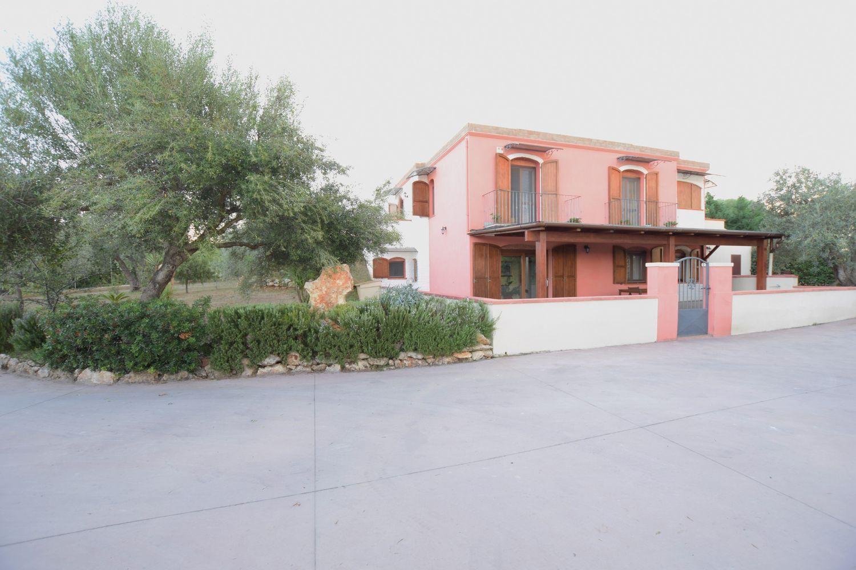 Soluzione Indipendente in vendita a Sassari, 4 locali, prezzo € 325.000 | Cambio Casa.it