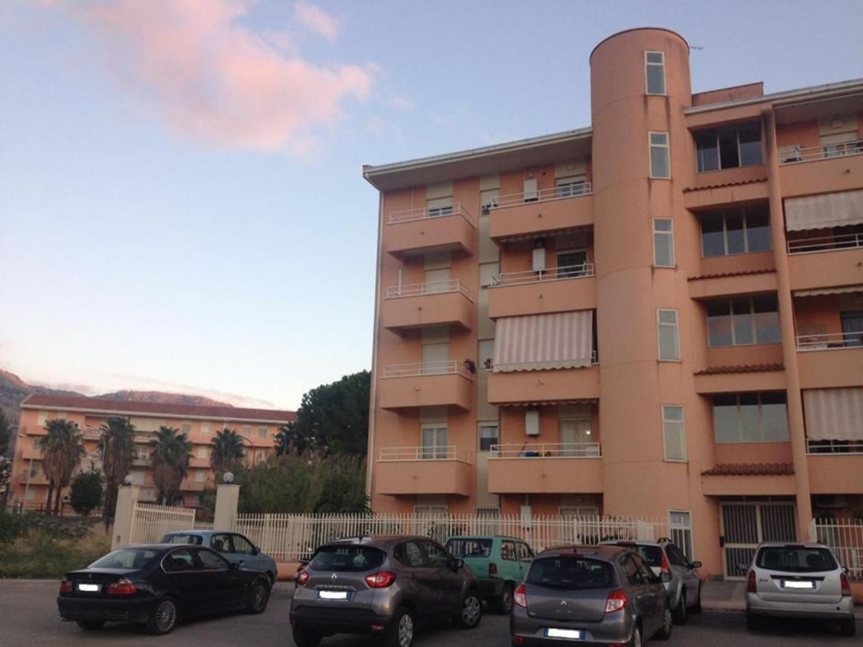 Appartamento in vendita a Borgetto, 4 locali, prezzo € 125.000 | CambioCasa.it