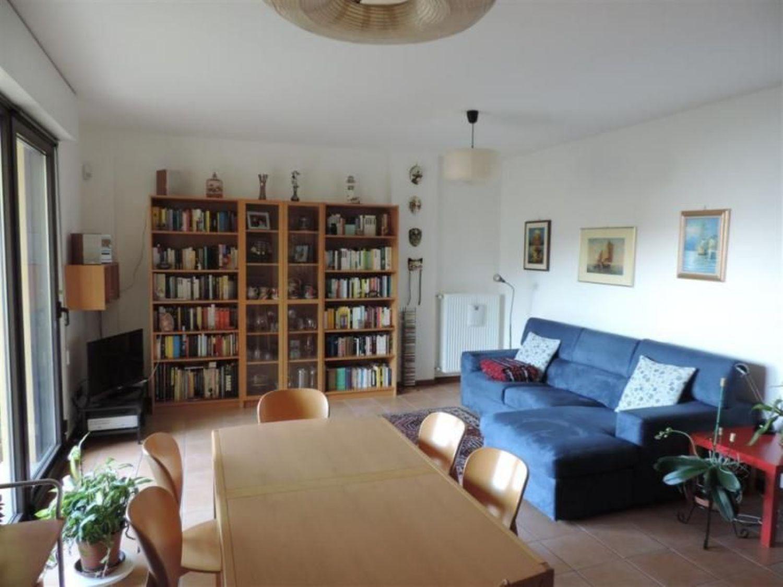 Appartamento in vendita a Trieste, 5 locali, prezzo € 330.000 | Cambio Casa.it