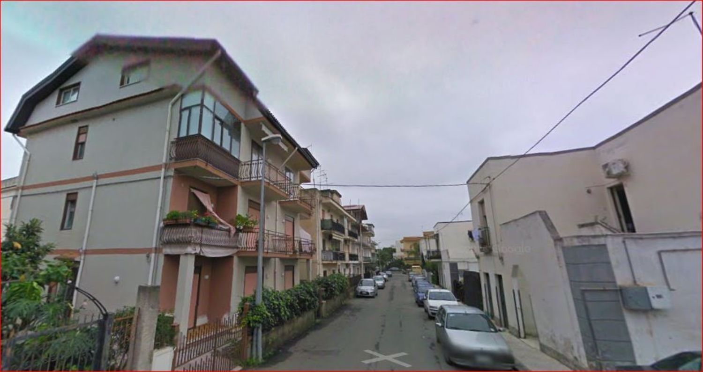 Appartamento in vendita a Giardini-Naxos, 5 locali, prezzo € 85.000 | Cambio Casa.it