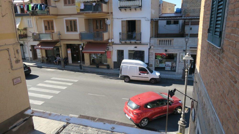 Appartamento in vendita a Santo Stefano di Camastra, 3 locali, prezzo € 105.000 | CambioCasa.it