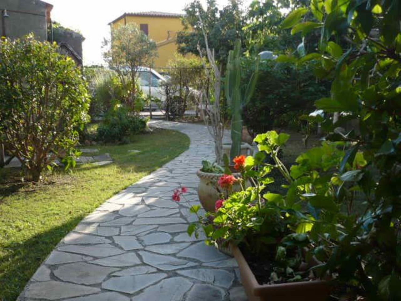 Soluzione Indipendente in vendita a Lascari, 6 locali, prezzo € 249.000 | CambioCasa.it
