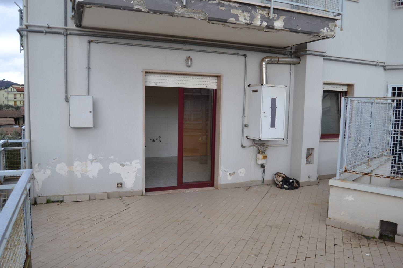 Appartamento in vendita a San Giorgio del Sannio, 5 locali, prezzo € 135.000 | CambioCasa.it