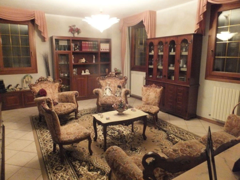 Soluzione Indipendente in vendita a Budrio, 6 locali, prezzo € 260.000 | Cambio Casa.it