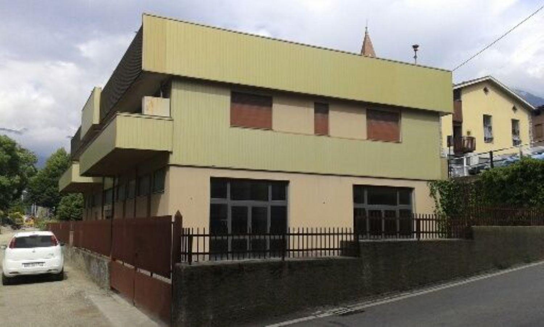 Immobile Commerciale in affitto a Talamona, 9999 locali, prezzo € 800 | CambioCasa.it