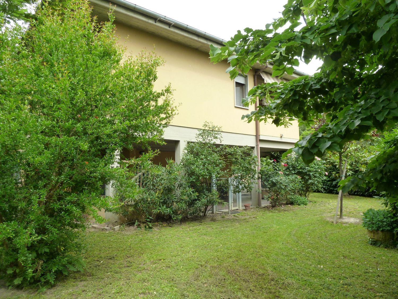 Soluzione Indipendente in vendita a San Giovanni in Persiceto, 6 locali, prezzo € 345.000 | Cambio Casa.it