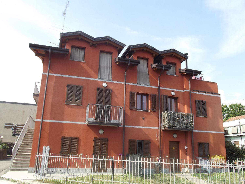 Appartamento in vendita a Gemonio, 2 locali, prezzo € 90.000 | Cambio Casa.it