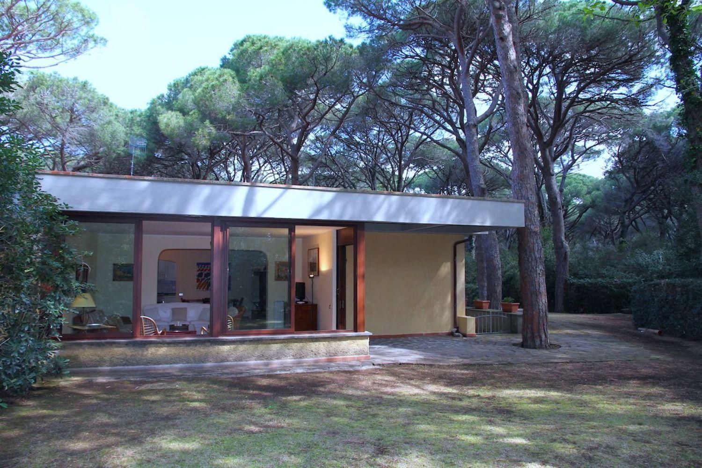Villa Bifamiliare in affitto a Castiglione della Pescaia, 5 locali, prezzo € 15.000 | CambioCasa.it