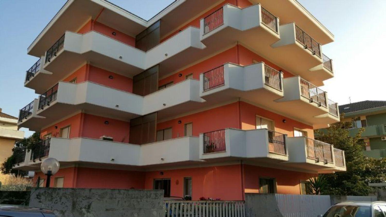 Casa francavilla al mare appartamenti e case in vendita a for Case affitto