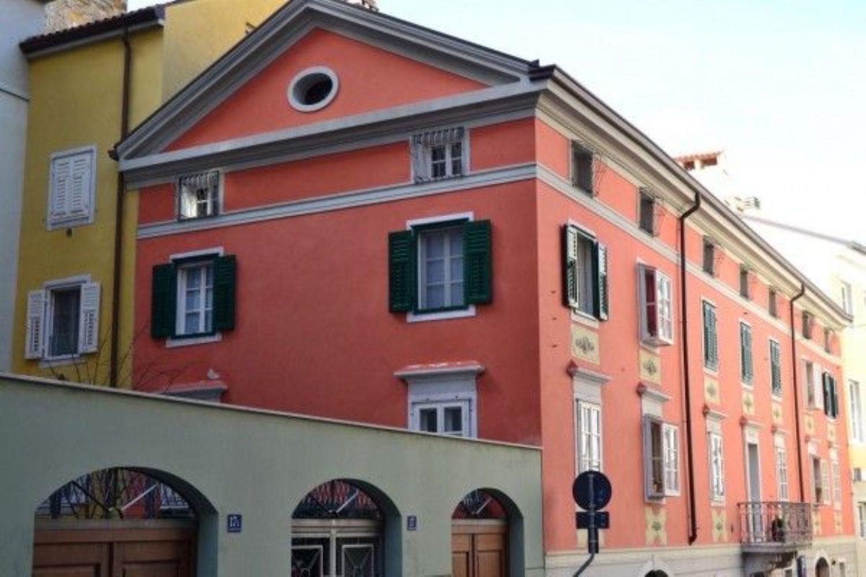 Appartamento in vendita a Trieste, 1 locali, prezzo € 250.000   CambioCasa.it