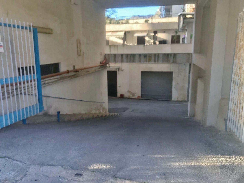 Immobile Commerciale in vendita a Palermo, 9999 locali, prezzo € 95.000 | CambioCasa.it