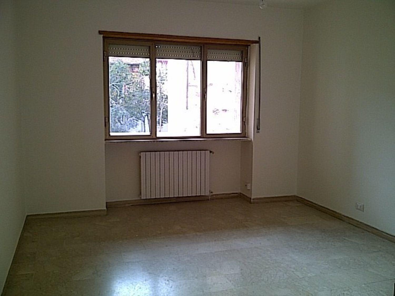 Ufficio / Studio in affitto a Sassari, 9999 locali, prezzo € 700 | Cambio Casa.it