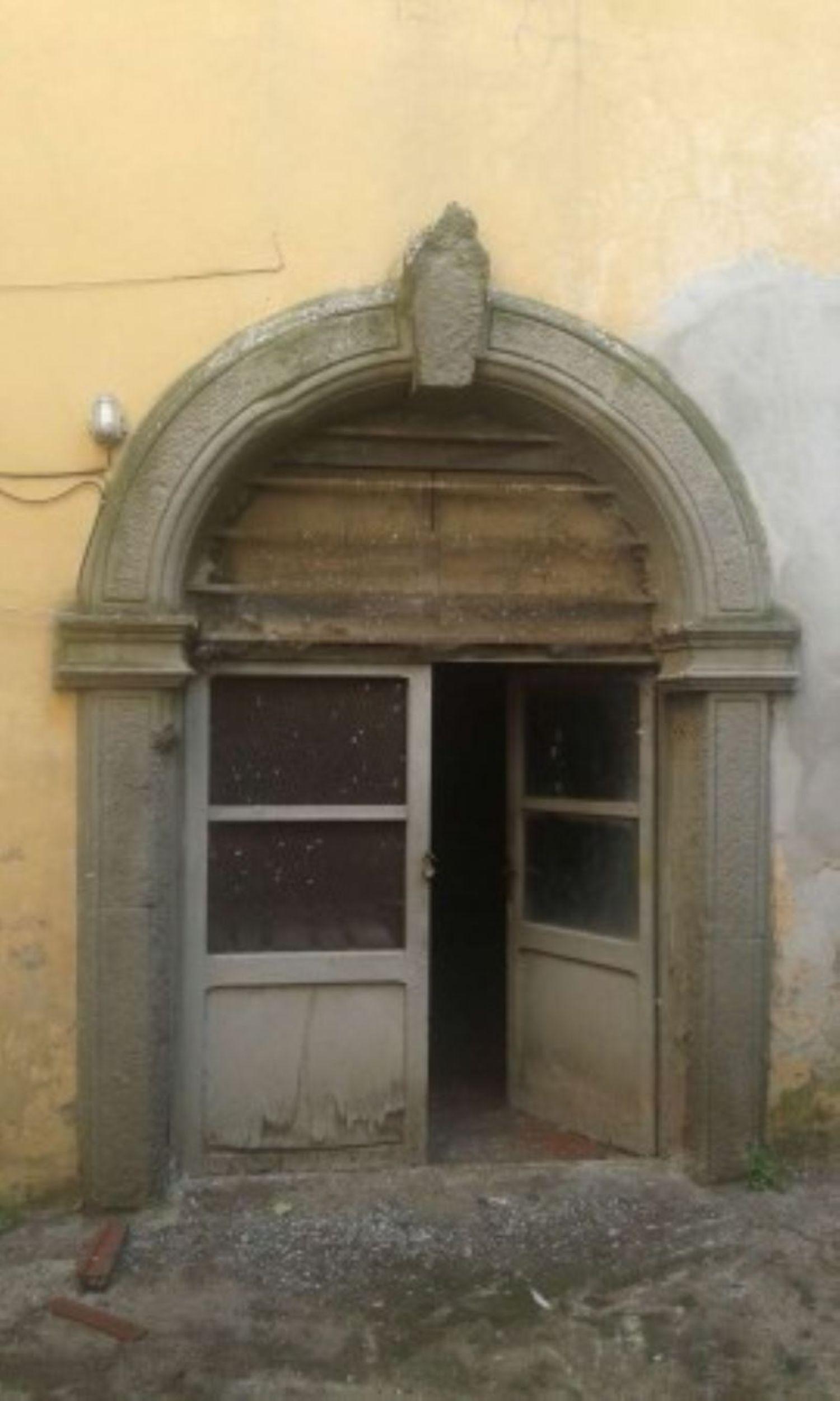 Immobile Commerciale in Vendita a Velletri
