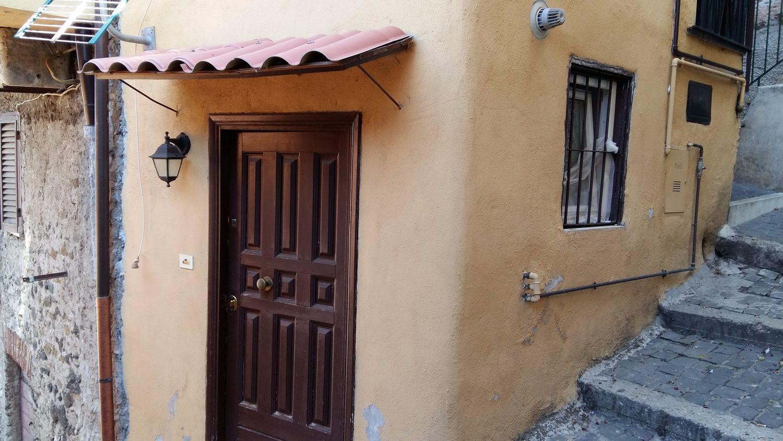 Loft / Openspace in affitto a Rocca di Papa, 9999 locali, prezzo € 280 | CambioCasa.it