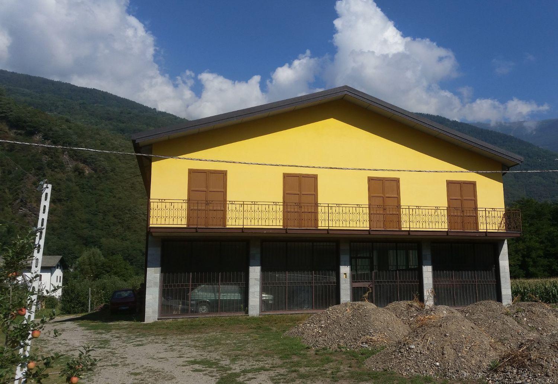 Capannone in affitto a Teglio, 9999 locali, prezzo € 2.000 | CambioCasa.it