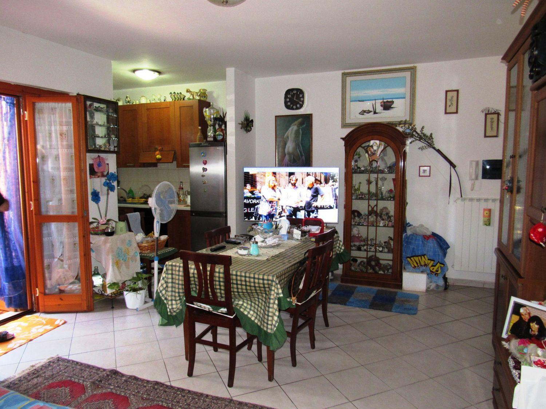 Appartamento in vendita a Cerveteri, 2 locali, prezzo € 85.000 | CambioCasa.it
