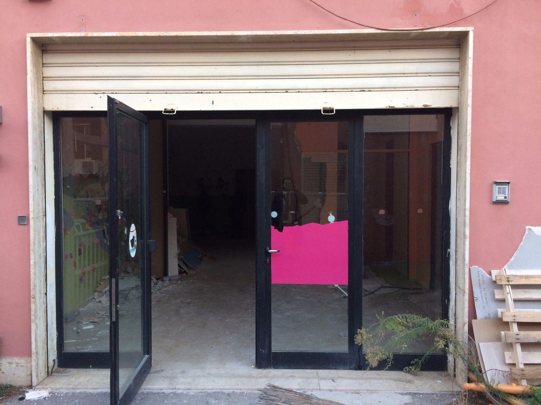 Immobile Commerciale in affitto a Palermo, 9999 locali, prezzo € 3.000 | CambioCasa.it