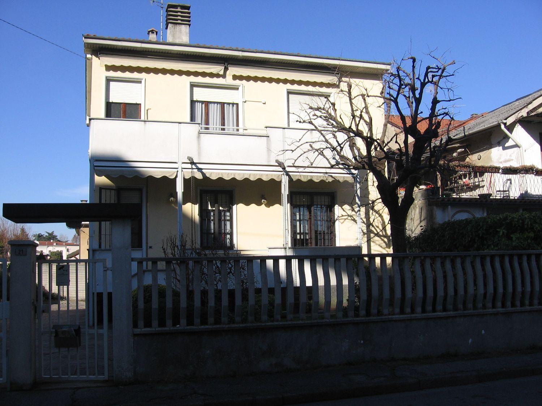 Villa Bifamiliare in Vendita a Muggiò