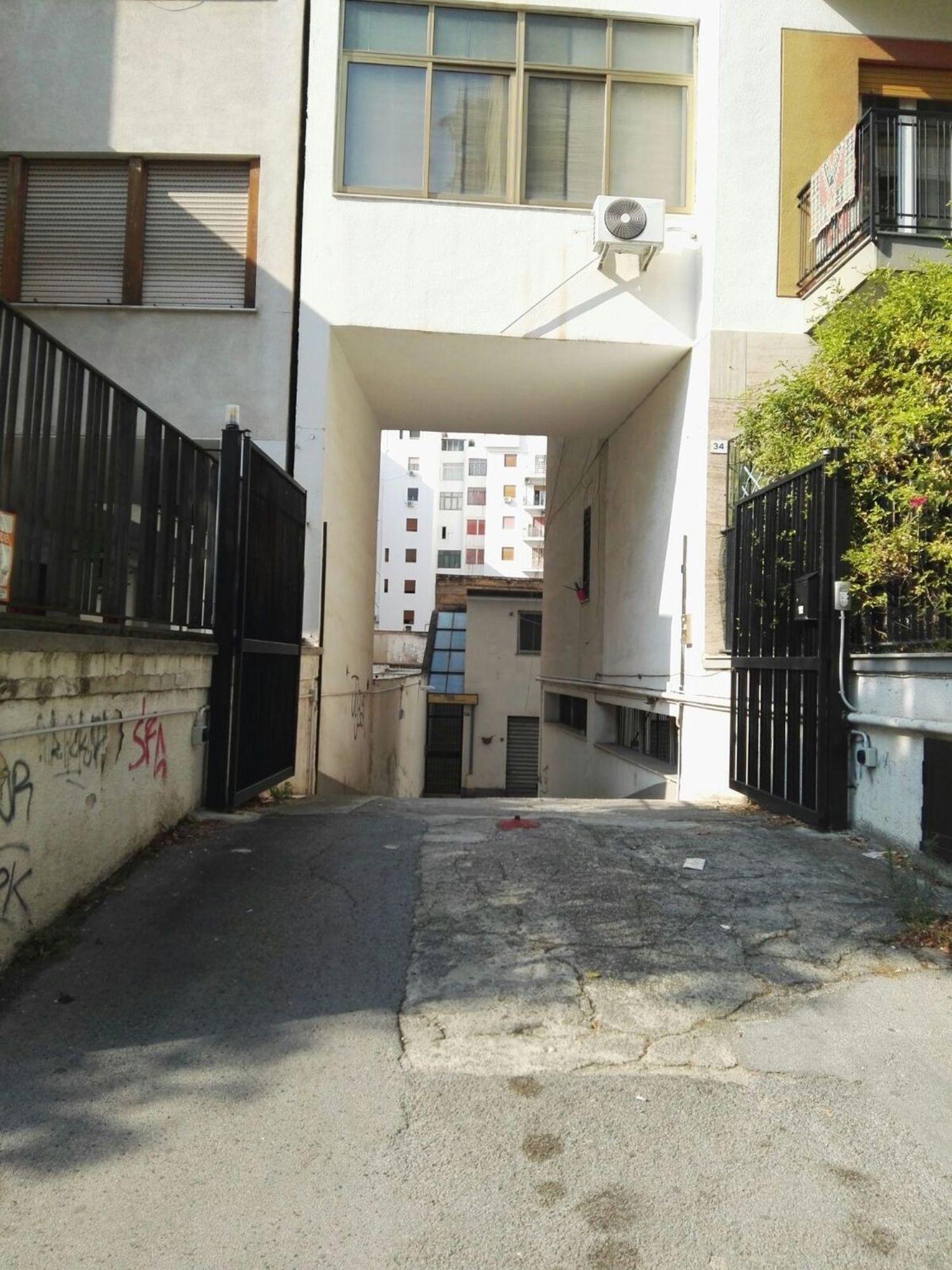 Box / Garage in affitto a Palermo, 9999 locali, prezzo € 160 | CambioCasa.it
