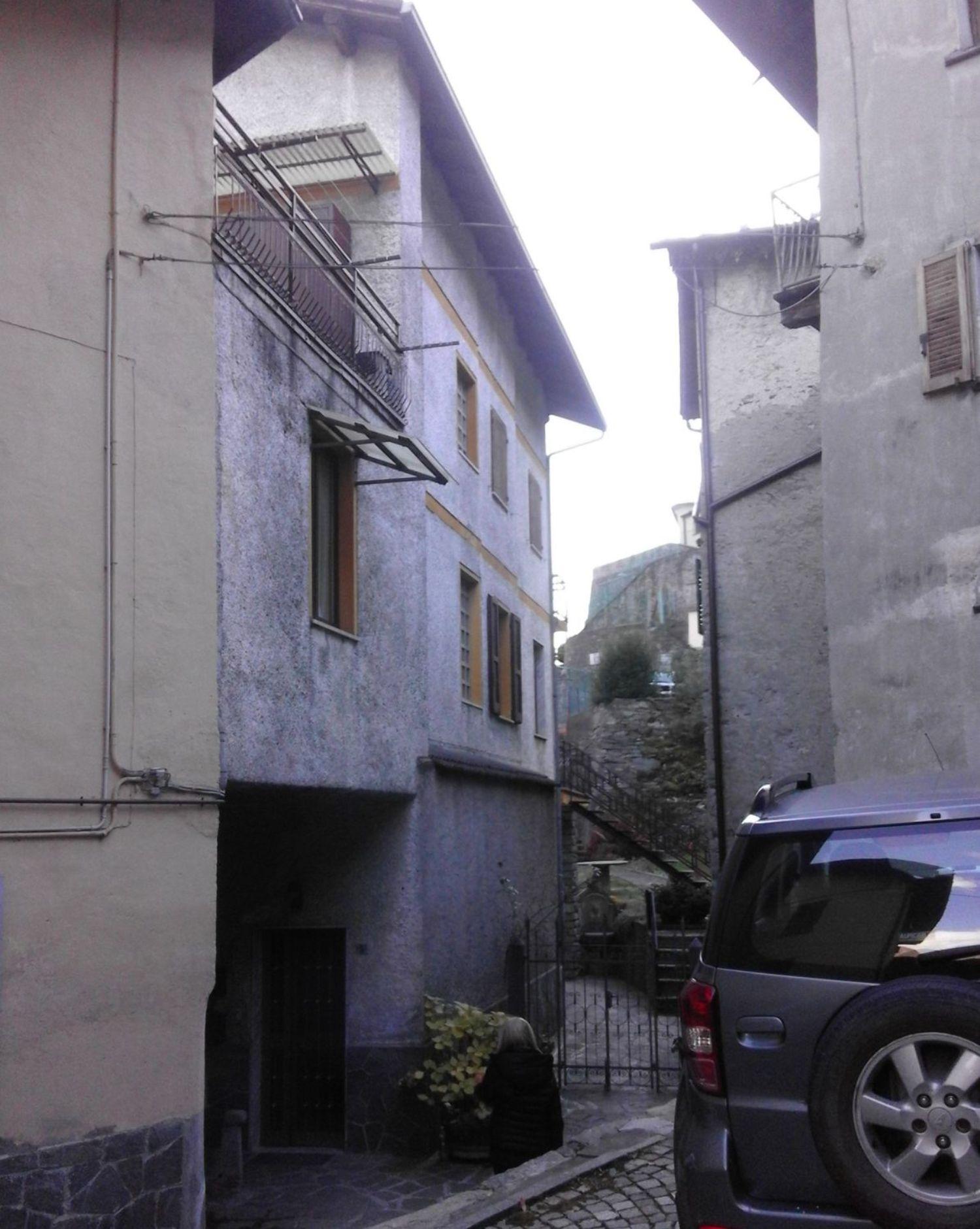 Appartamento in affitto a Torre di Santa Maria, 4 locali, prezzo € 350 | Cambio Casa.it