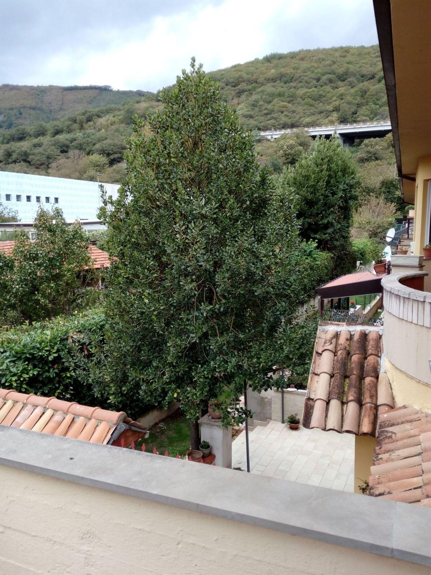 Villa a Schiera in vendita a Mercogliano, 6 locali, prezzo € 170.000 | Cambio Casa.it