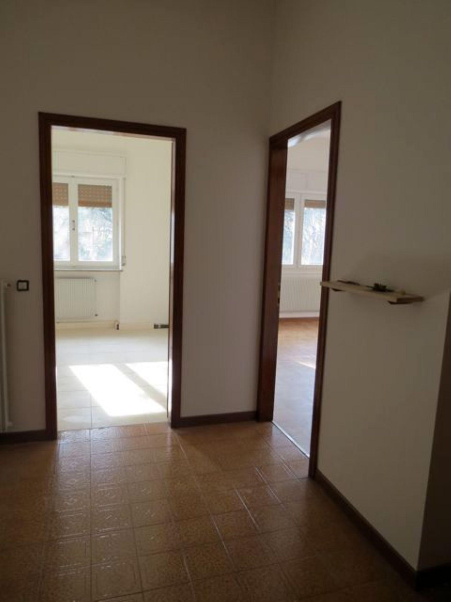 Appartamento in affitto a Udine, 5 locali, prezzo € 650 | CambioCasa.it
