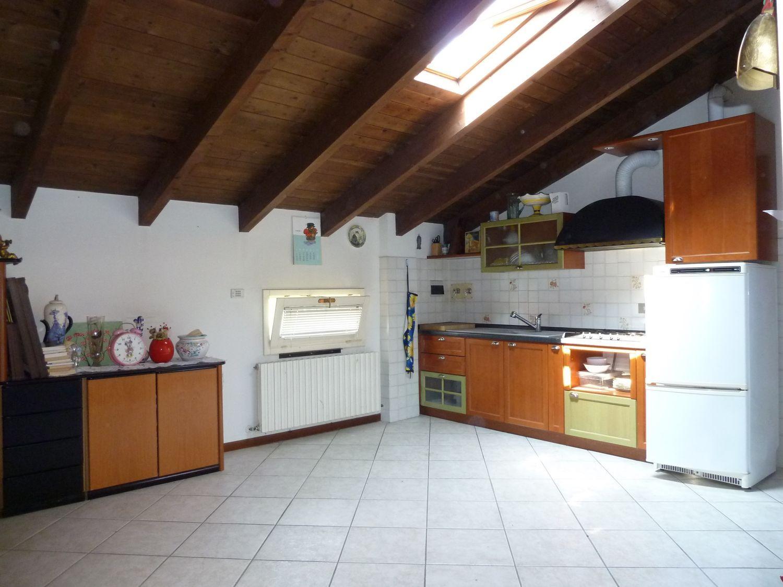 Appartamento in vendita a San Giovanni in Persiceto, 2 locali, prezzo € 110.000 | Cambio Casa.it