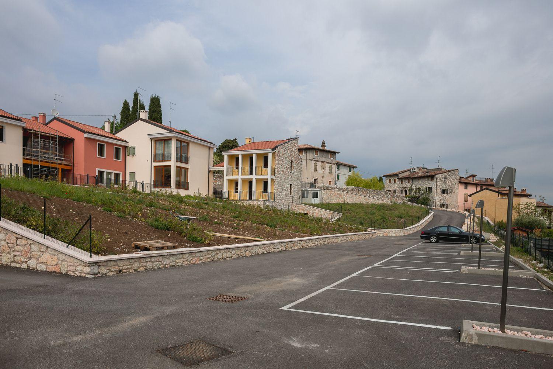 Soluzione Indipendente in vendita a Sant'Ambrogio di Valpolicella, 7 locali, prezzo € 420.000 | Cambio Casa.it