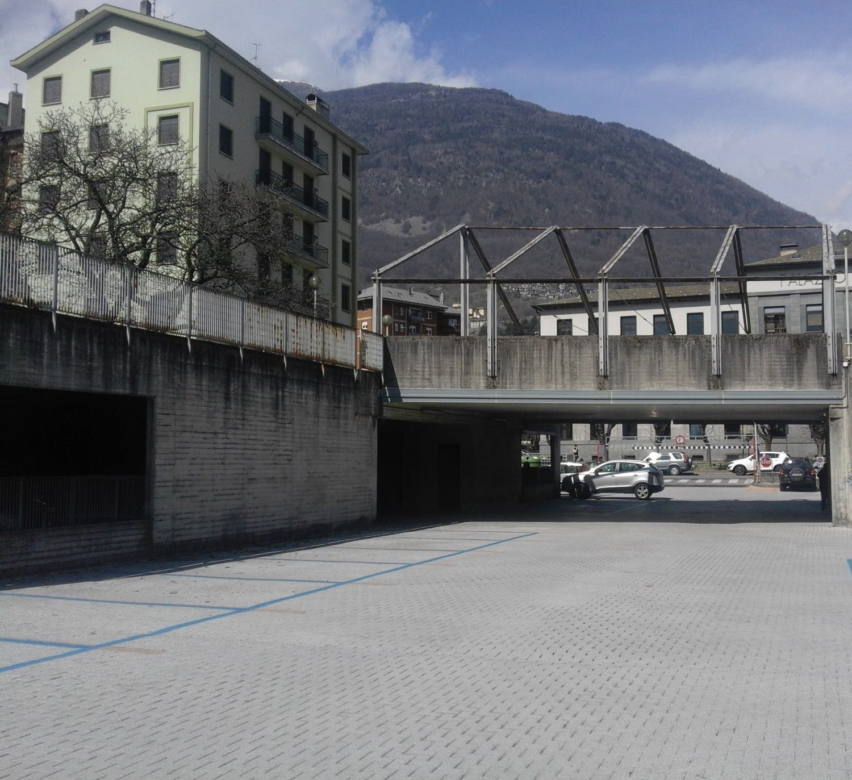 Box / Garage in vendita a Sondrio, 9999 locali, prezzo € 19.500 | CambioCasa.it