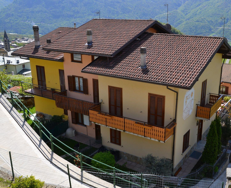 Villa a Schiera in Vendita a Tresivio