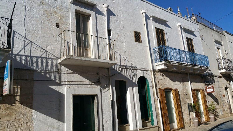 Duplex in vendita a Ceglie Messapica, 5 locali, prezzo € 120.000 | Cambio Casa.it