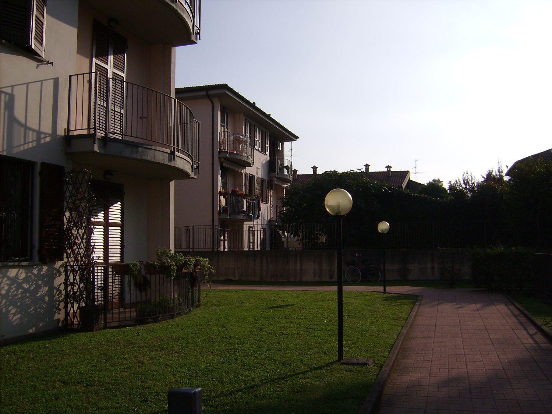 Appartamento in vendita a Masate, 3 locali, prezzo € 145.000 | Cambio Casa.it