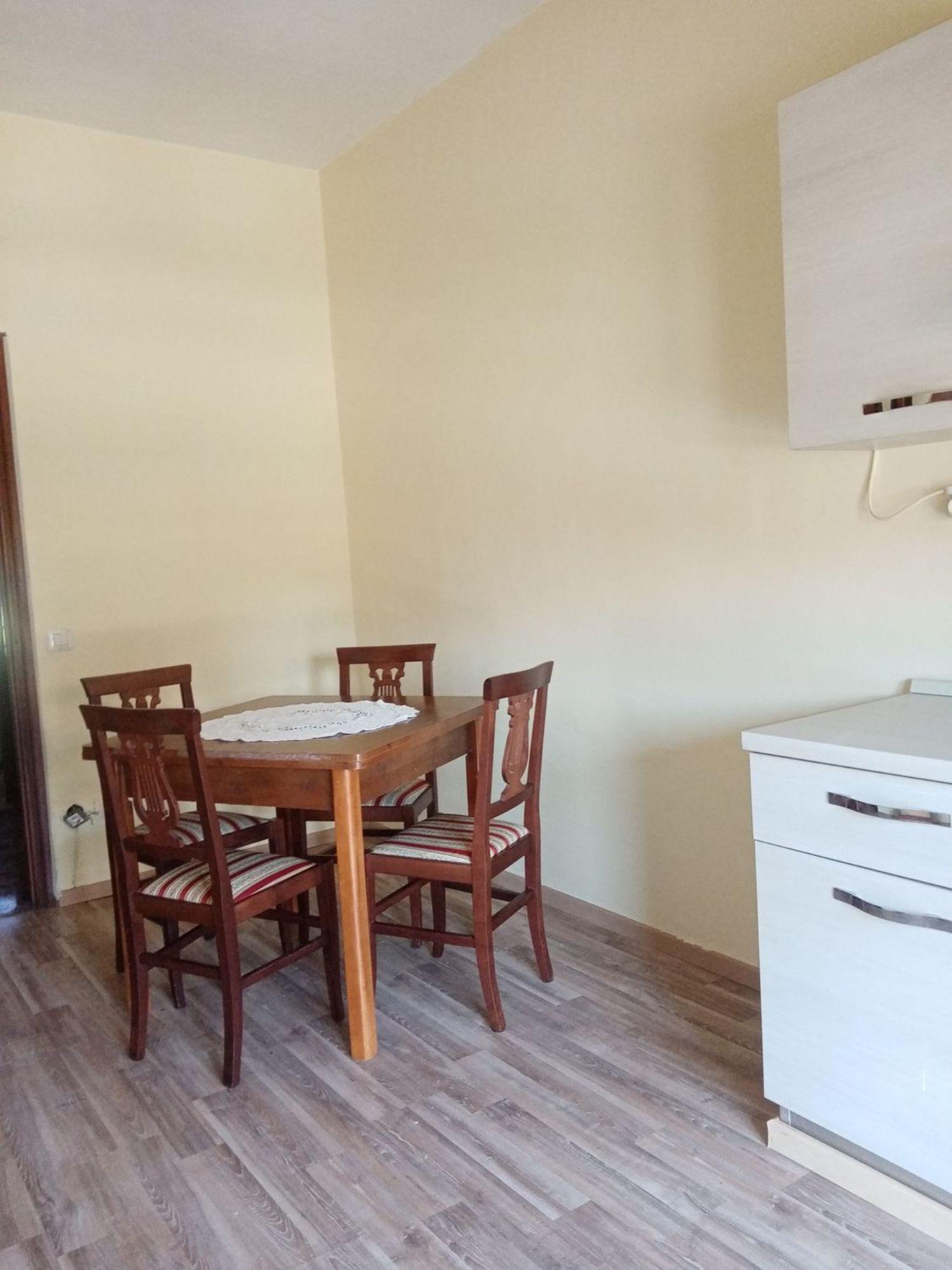 Appartamento in affitto a Montefiascone, 5 locali, prezzo € 400   CambioCasa.it