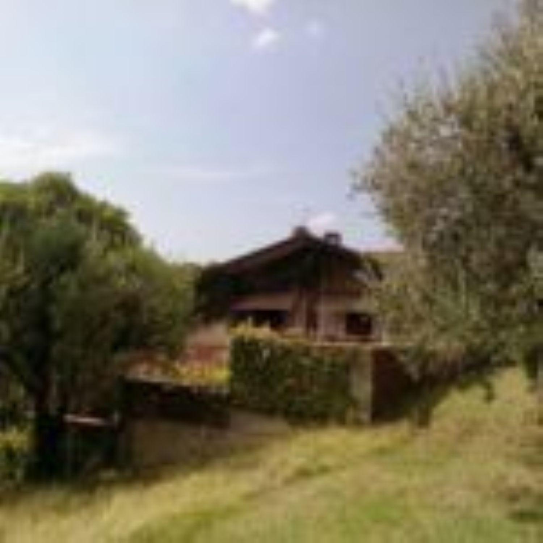 Soluzione Indipendente in vendita a Terni, 16 locali, prezzo € 1.150.000 | CambioCasa.it