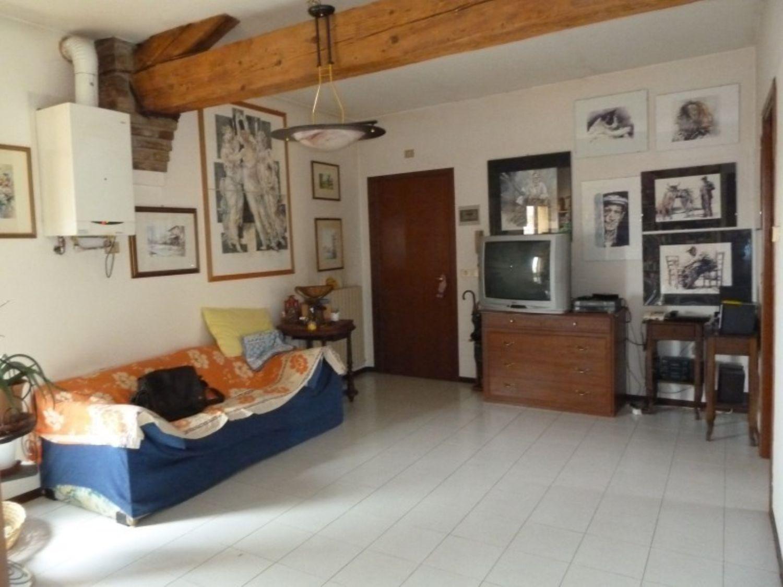 Appartamento in affitto a San Giovanni in Persiceto, 4 locali, prezzo € 470 | Cambio Casa.it