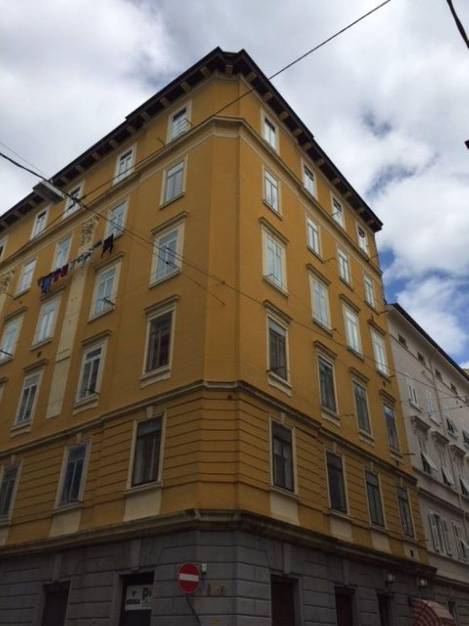 Appartamento in vendita a Trieste, 3 locali, prezzo € 49.000 | Cambio Casa.it