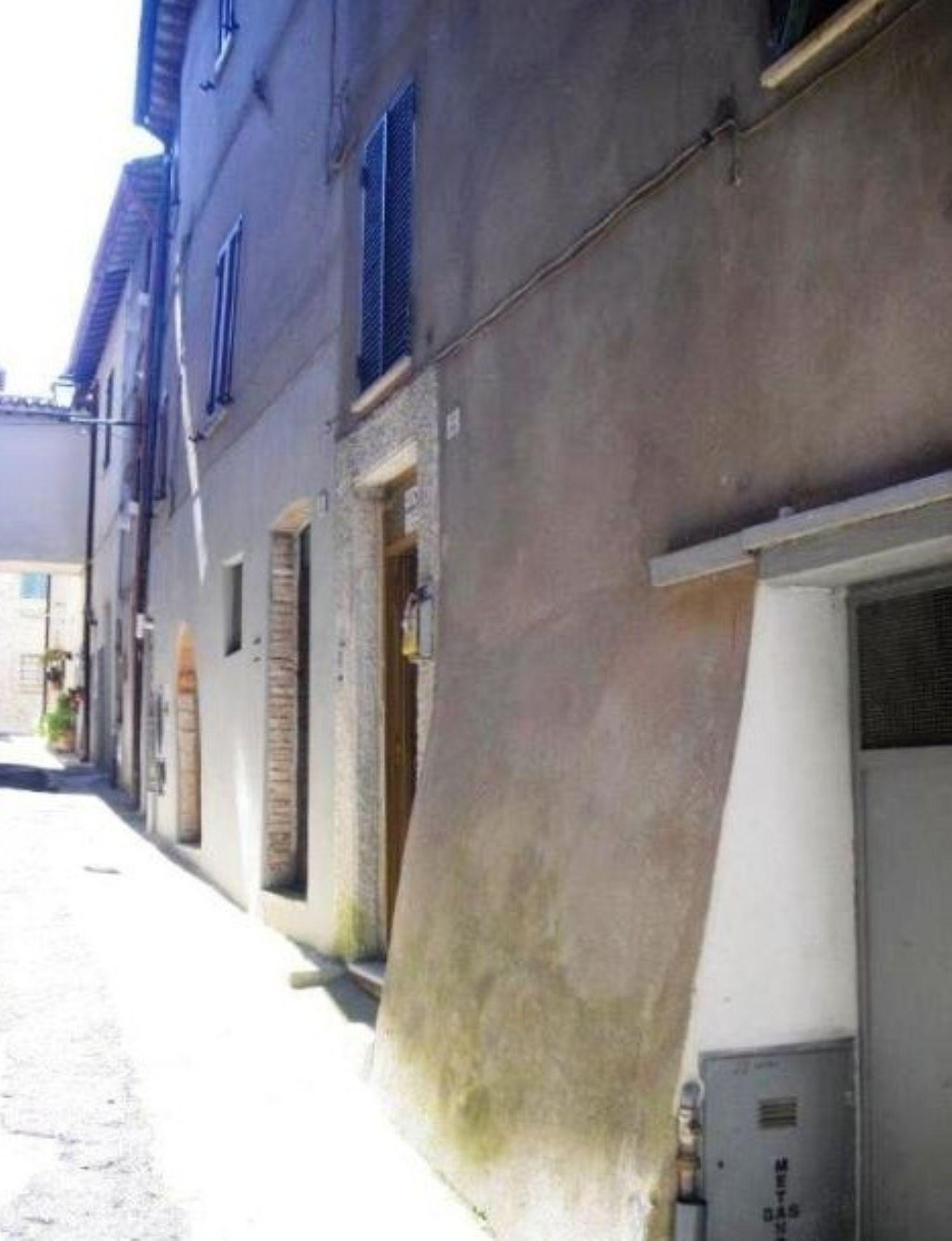 Soluzione Indipendente in vendita a Todi, 6 locali, prezzo € 81.000 | Cambio Casa.it