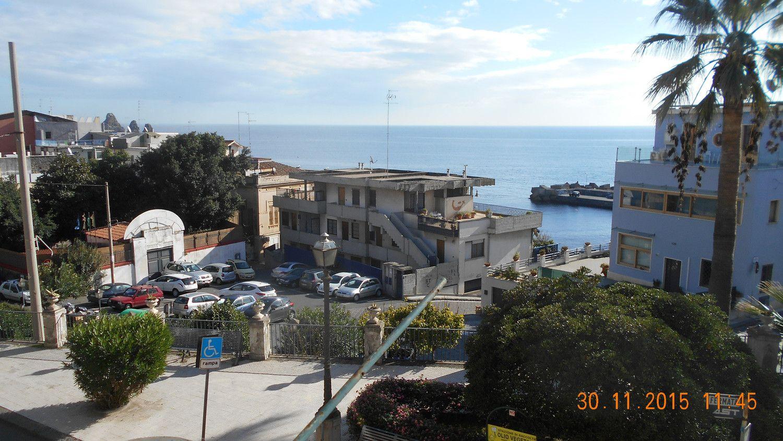 Appartamento in vendita a Aci Castello, 3 locali, prezzo € 120.000 | Cambio Casa.it