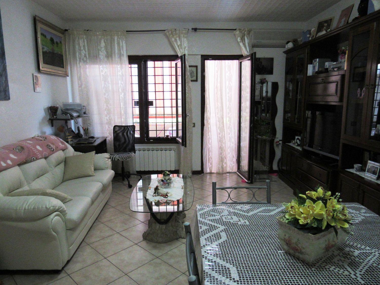 Appartamento in vendita a Cerveteri, 2 locali, prezzo € 130.000 | Cambio Casa.it