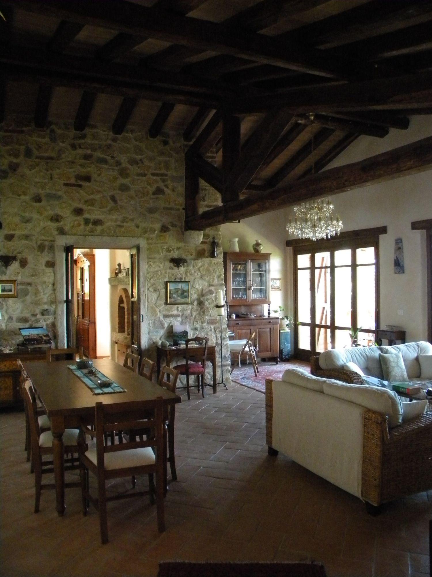Soluzione Indipendente in vendita a Passignano sul Trasimeno, 8 locali, prezzo € 2.500.000 | Cambio Casa.it
