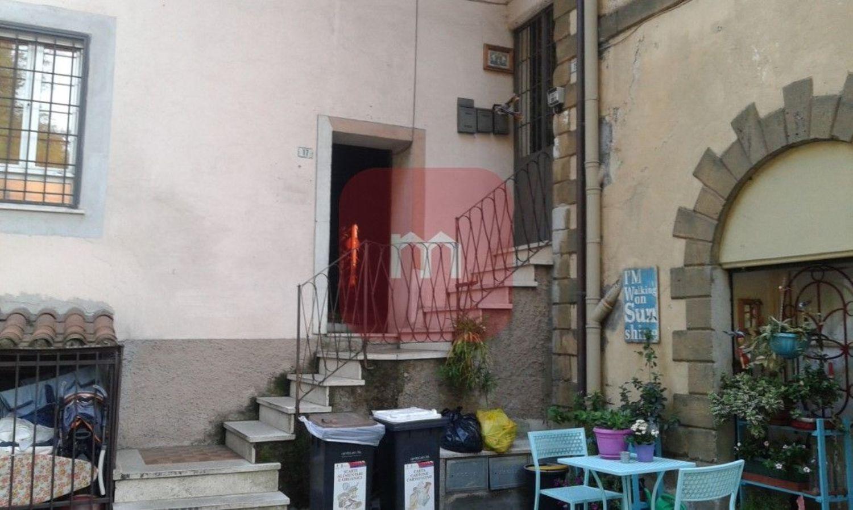 Appartamento in vendita a Cave, 2 locali, prezzo € 80.000   CambioCasa.it