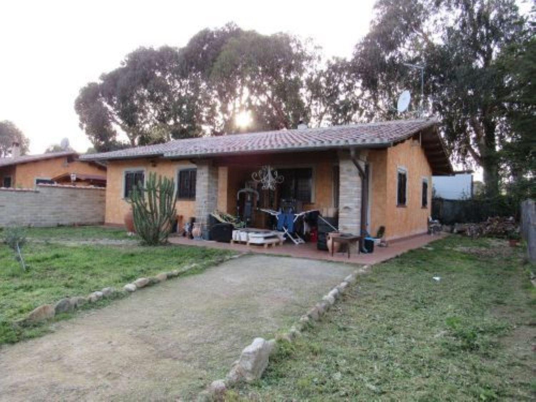 Soluzione Indipendente in affitto a Cerveteri, 4 locali, prezzo € 800 | Cambio Casa.it
