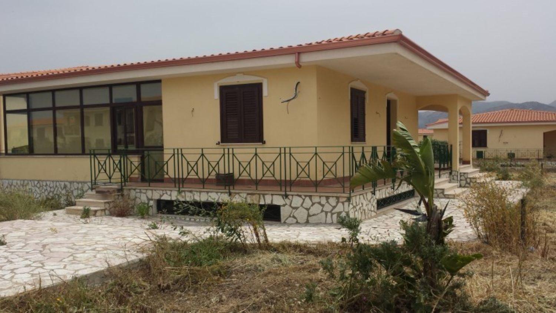 Villa Bifamiliare in affitto a Carini, 5 locali, prezzo € 1.000 | Cambio Casa.it