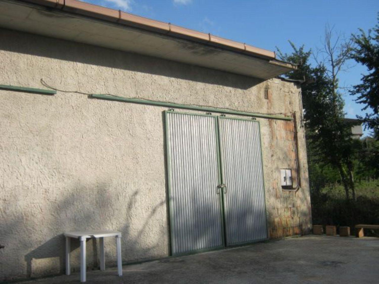 Capannone in affitto a San Marco dei Cavoti, 9999 locali, prezzo € 250   CambioCasa.it
