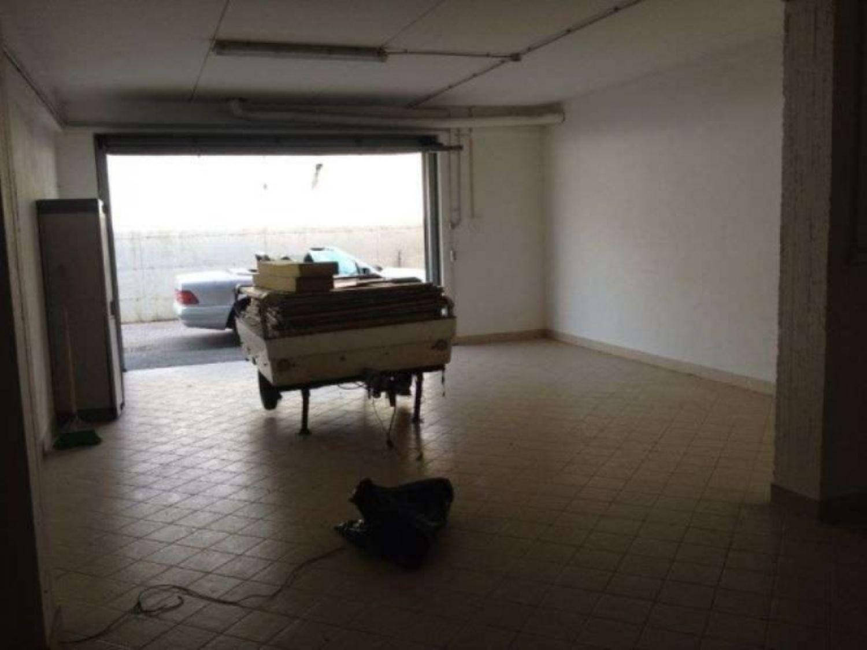 Immobile Commerciale in vendita a Lanuvio, 9999 locali, prezzo € 69.000   CambioCasa.it
