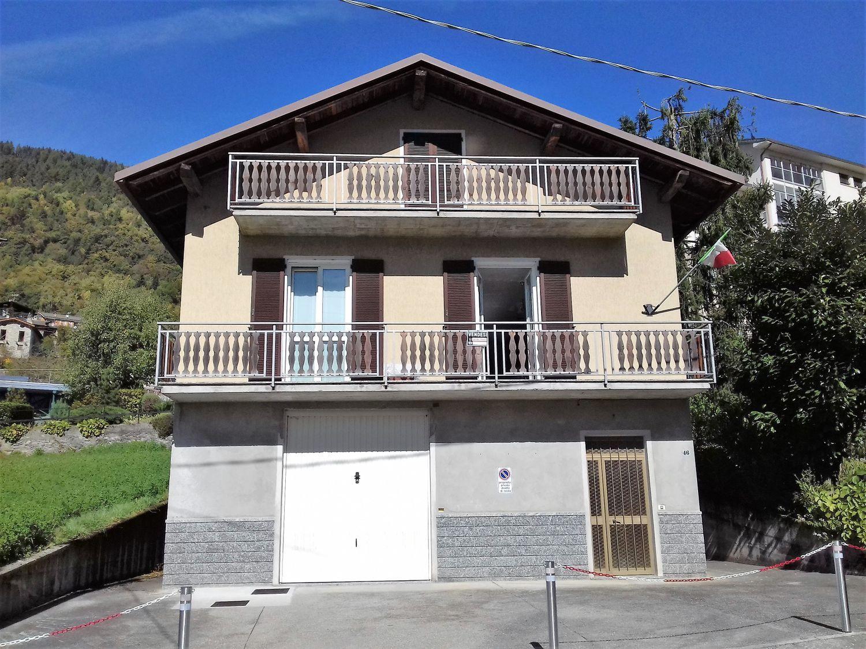 Soluzione Indipendente in vendita a Teglio, 8 locali, prezzo € 330.000 | CambioCasa.it