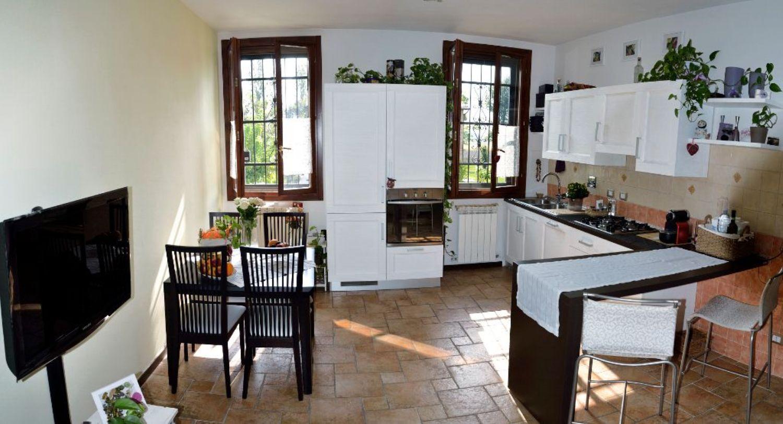 Appartamento in vendita a San Giovanni in Persiceto, 3 locali, prezzo € 160.000 | CambioCasa.it