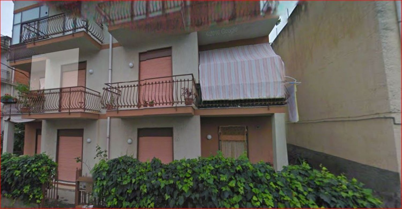 Appartamento in vendita a Giardini-Naxos, 4 locali, prezzo € 59.000 | Cambio Casa.it
