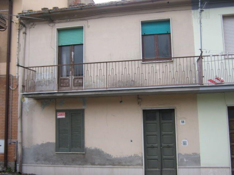 Appartamento in affitto a San Marco dei Cavoti, 6 locali, prezzo € 400 | Cambio Casa.it