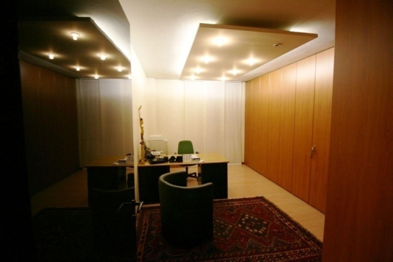 Ufficio / Studio in vendita a San Donato Milanese, 9999 locali, prezzo € 350.000 | Cambio Casa.it